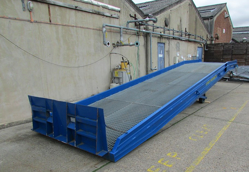 used-mobile-container-loading-ramp
